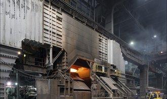 EU zatím americkým clům na ocel a hliník unikne