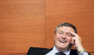 Běhounek zvažuje kandidaturu na předsedu ČSSD, do popředí strany chce Haška a Zimolu