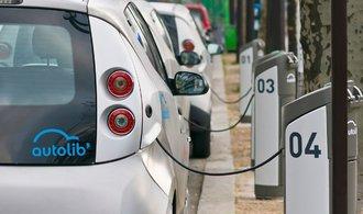 Elektromobily jsou méně ekologické než dieselová auta, tvrdí německá studie