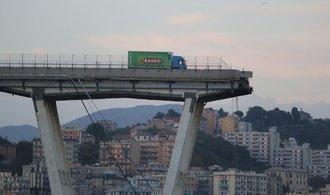 Italská vláda plánuje po pádu mostu Ponte Morandi kontroly staveb v celé zemi