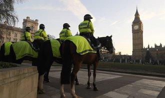 Hrozba terorismu v Británii vzrostla alarmujícím tempem, řekl šéf MI5