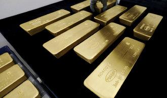 Zlato je nejlevnější zaposlední rok obchodní válce navzdory