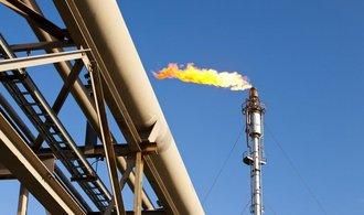 Ropní giganti sází na zemní plyn, do jeho rozvoje investují stovky miliard dolarů