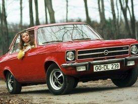 Opel Ascona A (1970–1975): Tři karoserie, čtyři motory