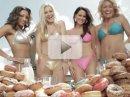 Video: spousta bikin v reklamě na Scion iQ