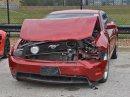 Puberťáci se vloupali do autosalonu, ukradli několik drahých aut a spoustu jich nabourali. Výsledkem je škoda okolo 17 milionů