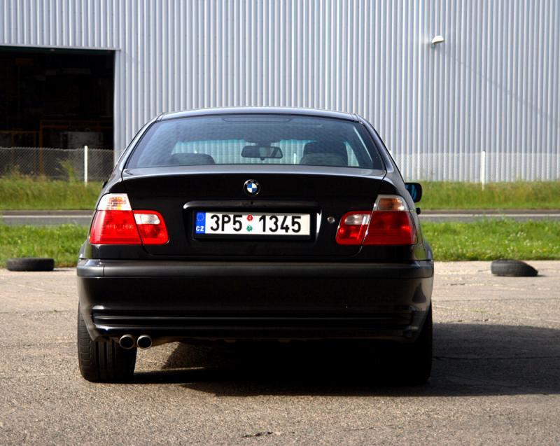 Fotogalerie BMW ada 3 - fotka 4 - MOJE.AUTO.CZ