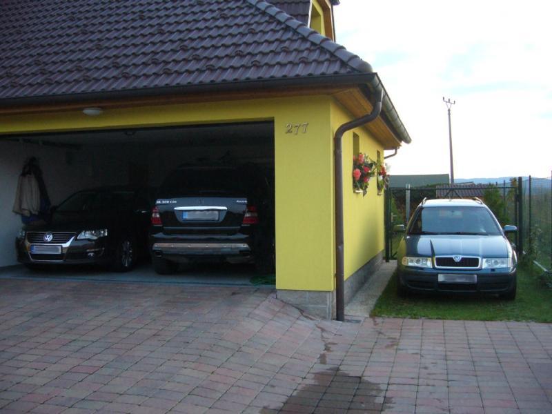 Fotogalerie koda octavia unsere garage und embaso venku for Garage auto b2