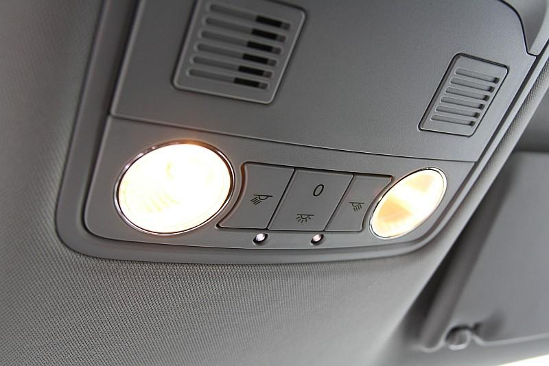 fotogalerie Škoda superb difuzn237 osvětlen237 mojeautocz