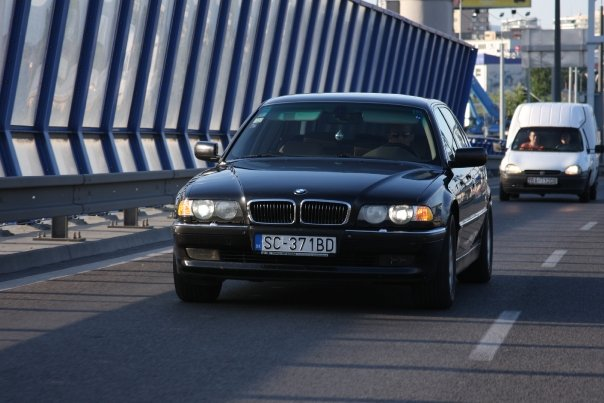 BMW �ada 7