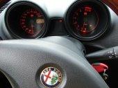 Alfa Romeo 156: fotka 2