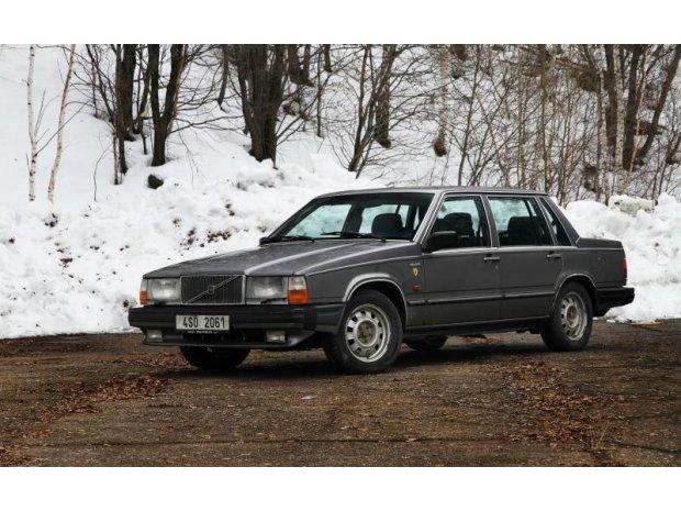 Volvo řada 700