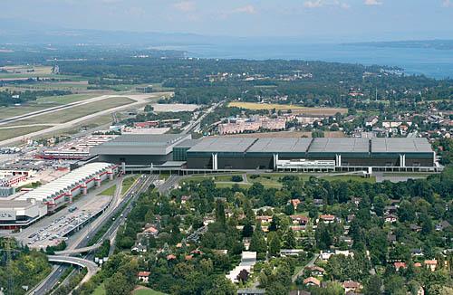 Ženevský autosalon 2003: větší a lepší