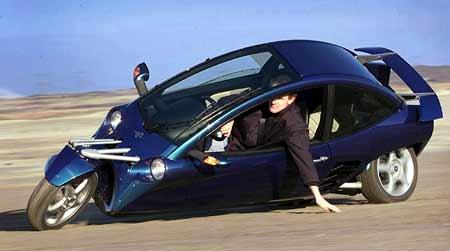 Carver – pohodlí auta, emoce motorky