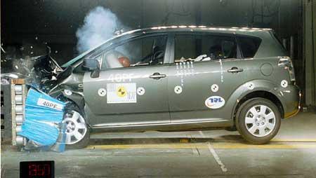 Nová Toyota Corolla Verso: 5 hvězd od EuroNCAP