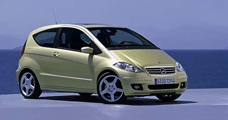 Nový Mercedes třídy A: první fotografie a informace