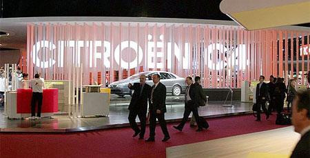 Příloha AUTO.CZ - Autosalon Paříž 2004