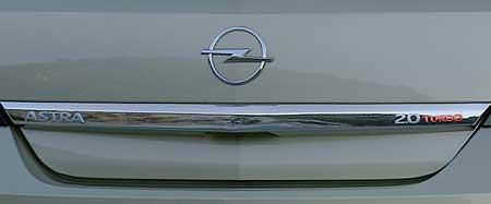 Opel Astra turbo na český trh