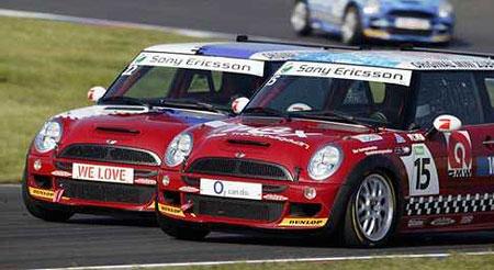 Vyzkoušejte si ostré závodní Mini!
