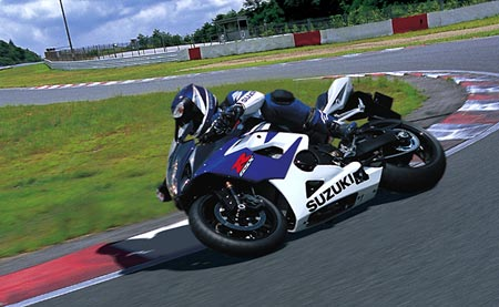 Nová Suzuki GSX-R 1000: dělová koule