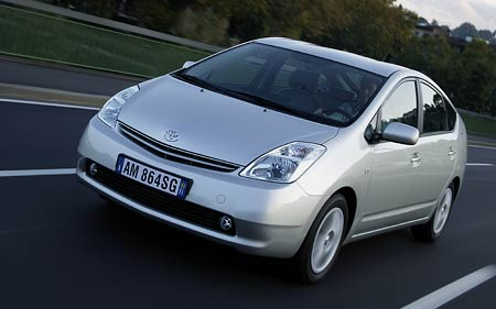 Car Of The Year 2005 - ekologie zvítězila - Toyota Prius