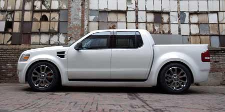 Ford Explorer Sport Truck: otesánek