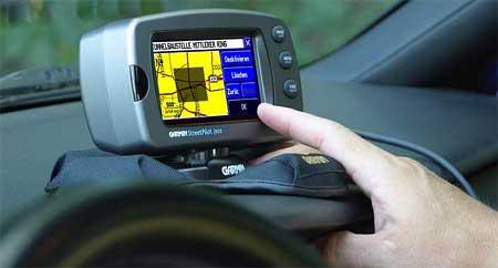 Navigace v autě (3. díl): test přístrojů Garmin Quest a Streetpilot 2620