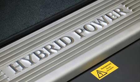 Hybridní Mercedes-Benz třídy S: pětimetrový spořílek