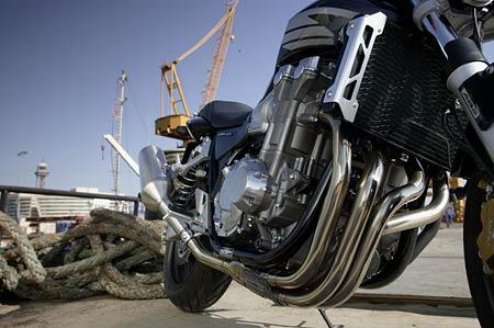 Honda CB1300: svalovec po plastice