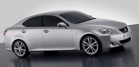 �eneva �iv�: Lexus IS - prvn� diesel!