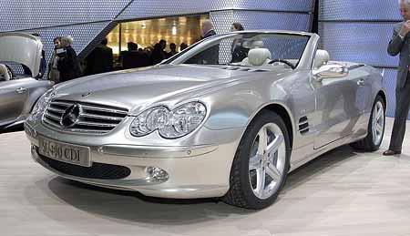 Ženeva živě: Mercedes-Benz SL 400 CDI a SLK 320 CDI Triturbo