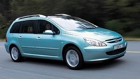 Akce Peugeotu: bezpe�nost p�edev��m