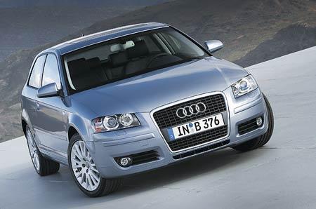 Audi: ovál i pro třídveřové A3