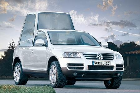 Volkswagen Touareg jako papamobil