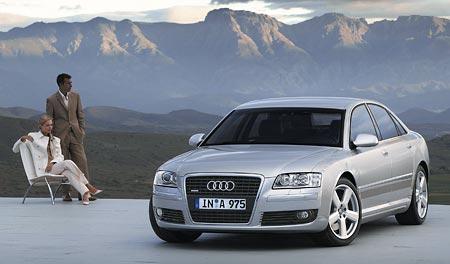 Audi A8 dostane šestiválec 3.2 V6 FSI