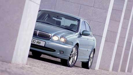 Jaguar X-Type dostal silnější naftový motor
