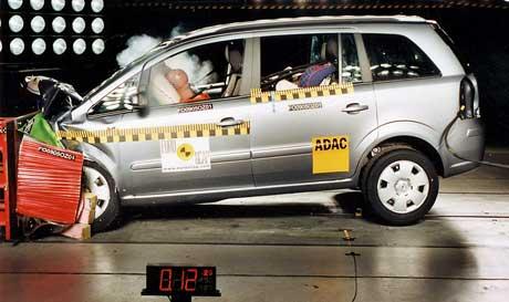 Euro NCAP: Pět hvězd pro novou Zafiru