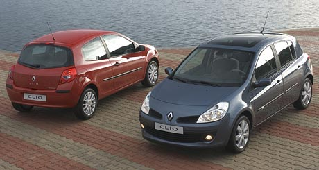 Renault v prosinci: slevy i 25 tisíc na benzín
