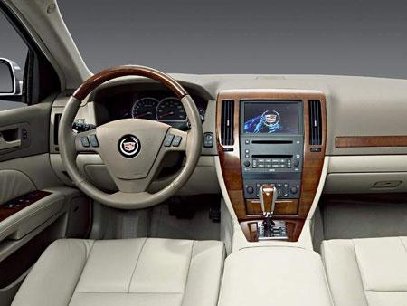 Cadillac STS má Interiér roku