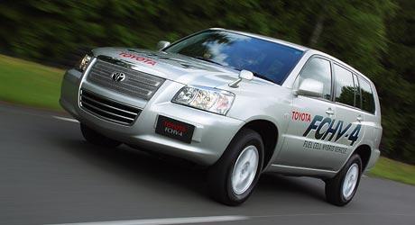 Toyota: vodíkový pohon v roce 2015