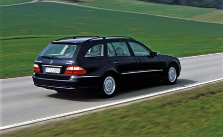 Mercedes: pohon všech kol pro E280 CDI a E320 CDI