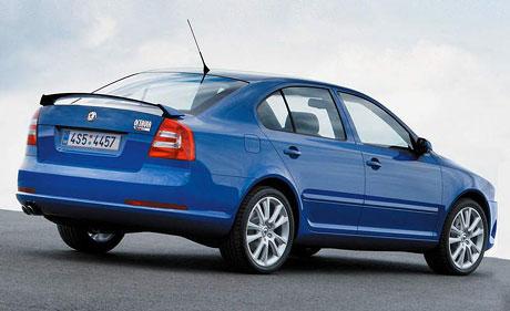 """Škoda Octavia: úspěch v anketě """"Auto Trophy 2005"""""""