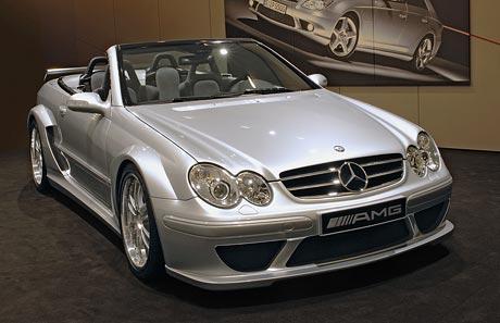 Mercedes-Benz CLK DTM AMG Cabriolet: čtyřmístné kabrio co umí 300 km/h