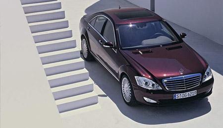 Mercedes-Benz třídy S: kupé a pohon 4x4 příští rok