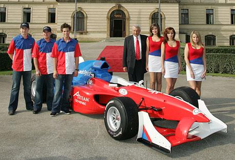 Český A1 Grand Prix Team se představil v Praze