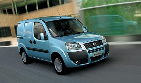 Nový Fiat Doblo Cargo: International Van of the Year 2006