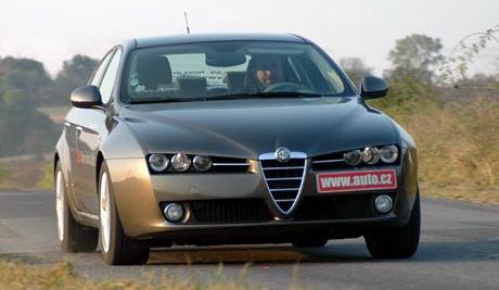 Alfa Romeo: příznivější ceny díky silné koruně