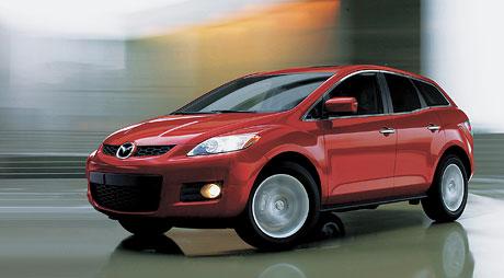Mazda v Detroitu: sporťák Kabura a sériová CX-7