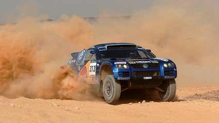 Šestá etapa Dakaru: problémy a havárie