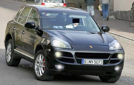 Spy Photos: Porsche Cayenne facelift